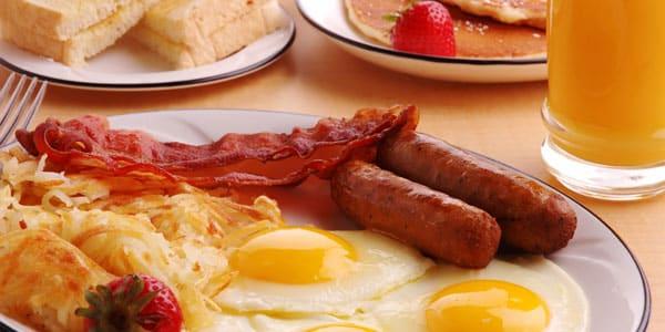 Les 10 pires aliments à manger le matin