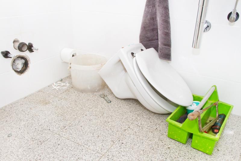 Comment changer des toilettes ?