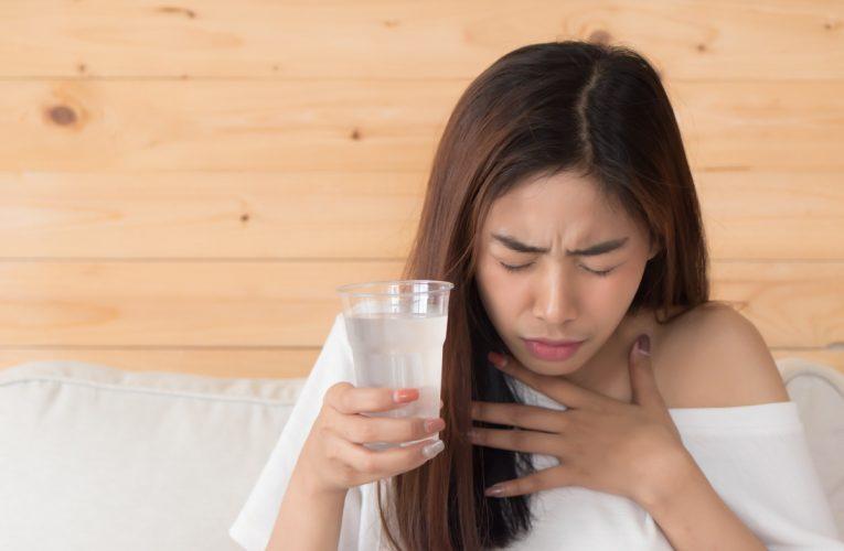 Comment se débarrasser du hoquet: 26 remèdes qui peuvent vraiment aider